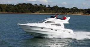 Birchwood 360 Challenger at sea