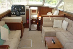 Broom 970 Interior