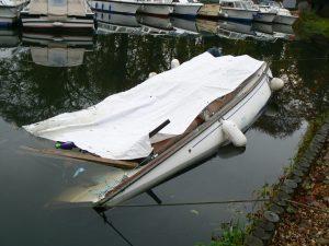 # 01172 Sunk Yacht